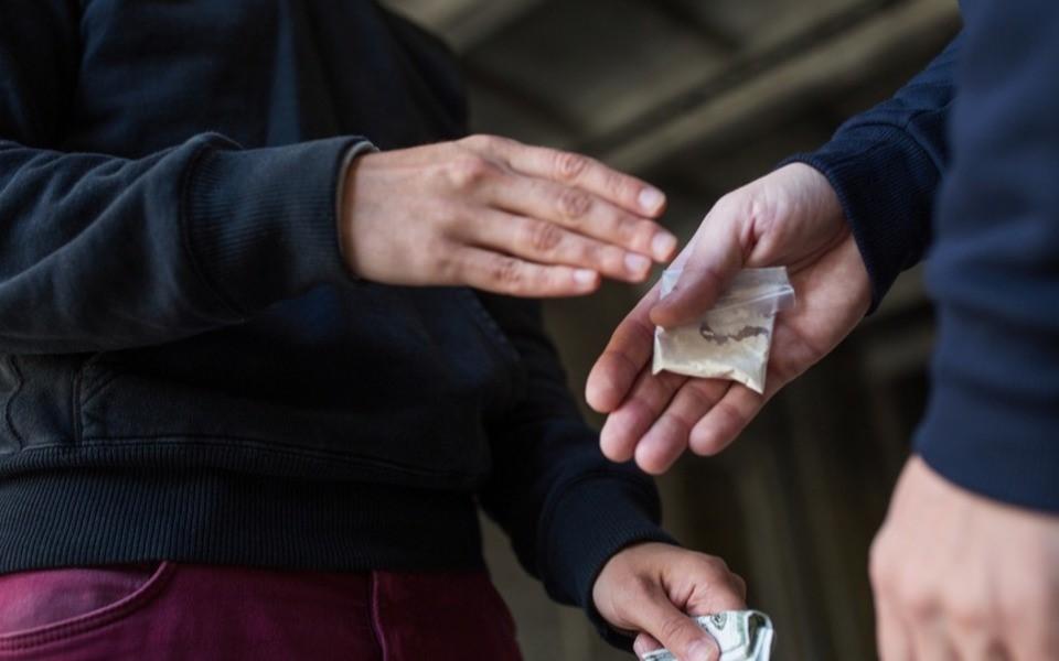 Две девушки попадут в тюрьму за распространение наркотиков в Чехове