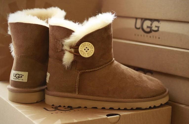 Сколько пар зимней обуви должно быть у каждого человека