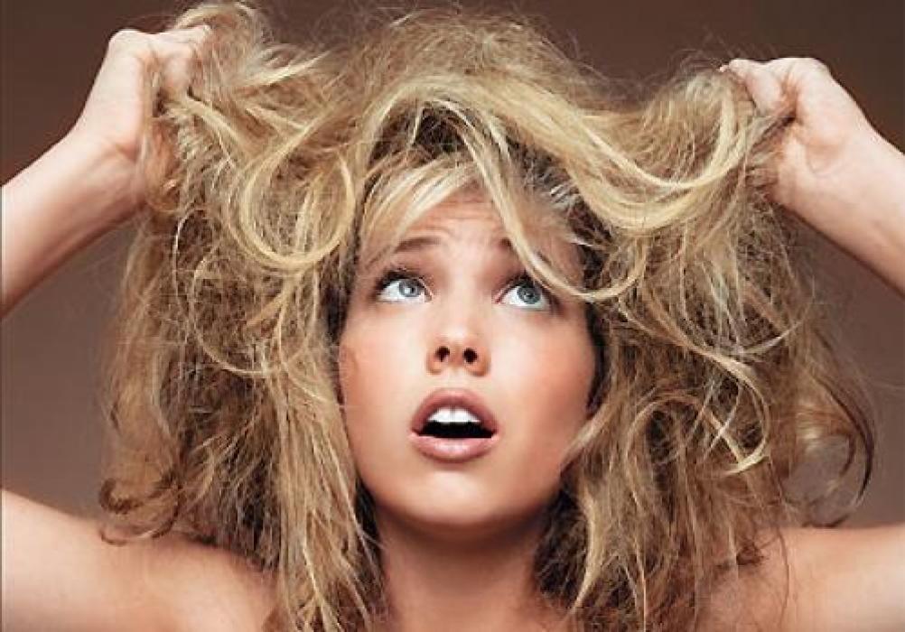 Как расчесать запутанные волосы?