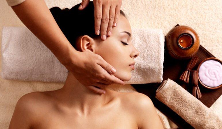 Индийский массаж головы – искусство расслабиться