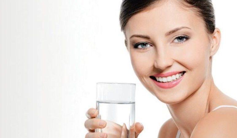 Водная диета: правила ежедневного потребления H2O