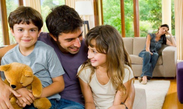 Почему женщины не могут принять детей мужа от прежнего брака