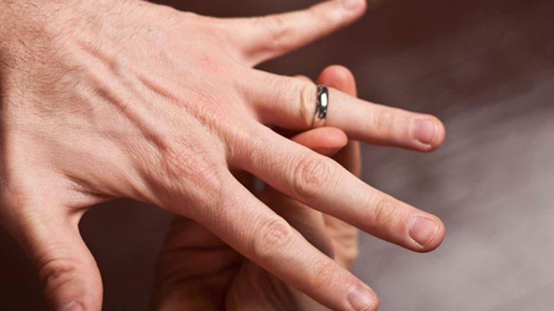 Топ советов как снять кольцо с пальца, который отек и распух