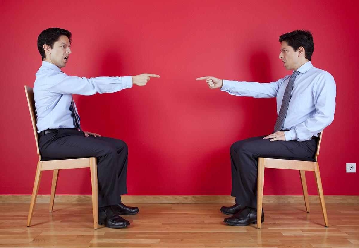 Разговоры с самим собой вслух: причины и мнение специалистов