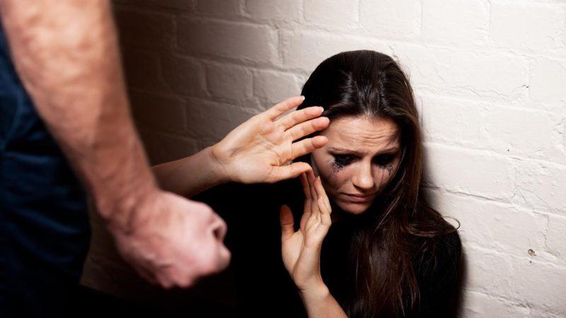 Как спастись от домашнего насилия, куда обращаться за помощью