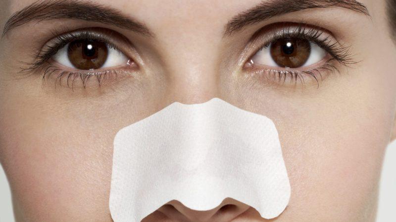 Очистка носа и подбородка с помощью полосок: особенности использования