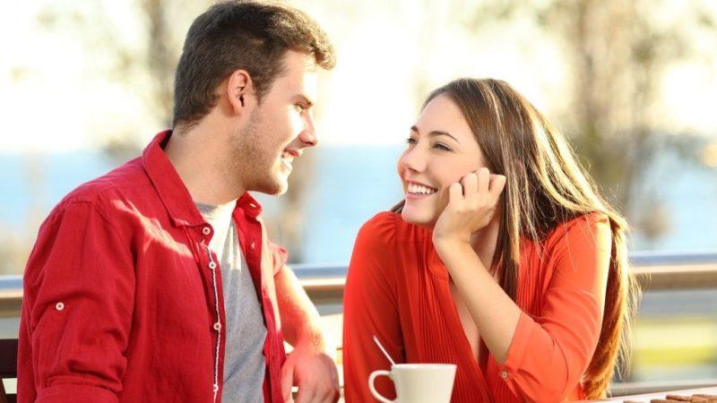 Как привлечь к себе внимание мужчины