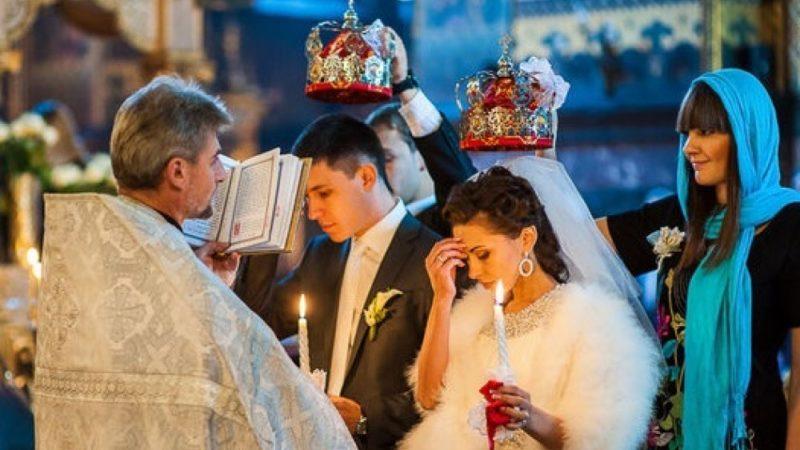 Свидетели на венчании: кто может ими быть, обязанности и обычаи