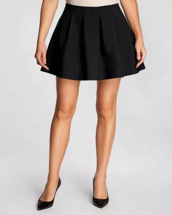 Как скрыть кривые ноги и выглядеть при этом женственно и привлекательно