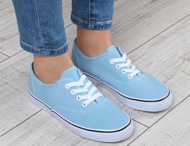 Обувь, от которой стоит отказаться женщинам за 40